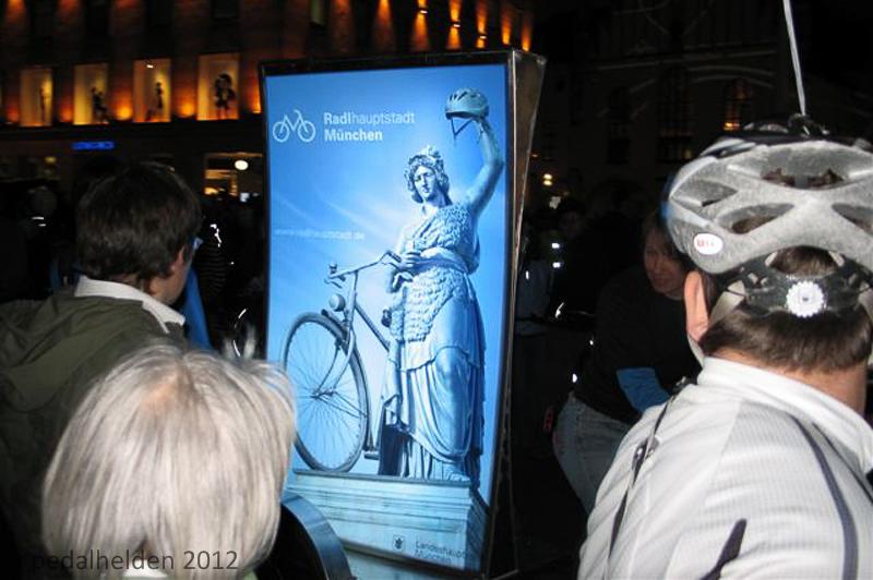 radl_hauptstadt_muenchen_billboard_bike